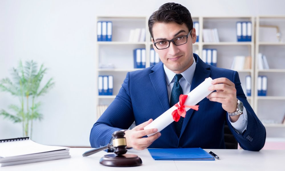 Good Gifts For Law Students